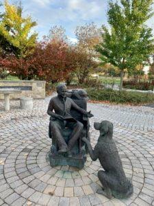 Statue in Mattie's Park